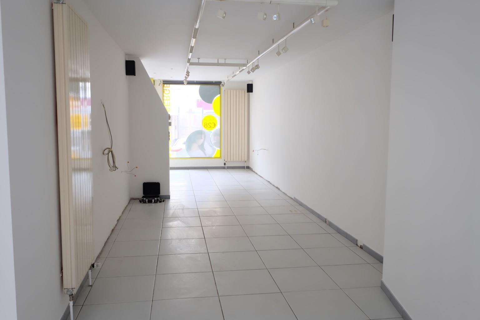 Rez commercial - Tubize - #3129241-1