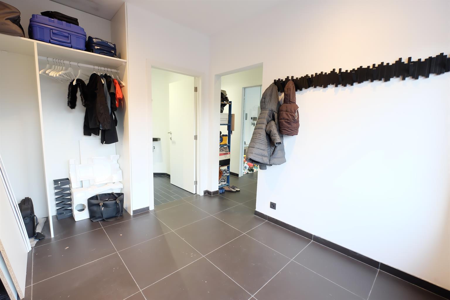 Maison - Les Bons Villers Frasneslez-Gosselies - #3985969-8